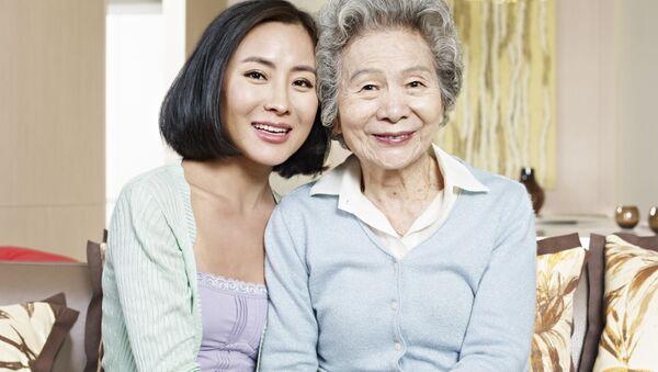 Mẹ và con gái - Sputnik Việt Nam