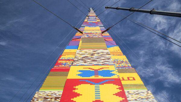 Самая высокая в мире башня из конструктора Lego, построенная в Тель-Авиве, Израиль - Sputnik Việt Nam