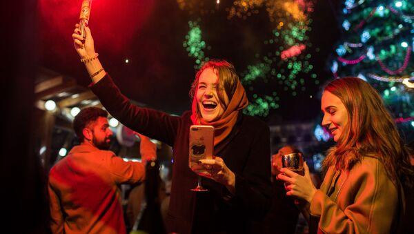 Trong dịp đón Năm mới ở Simferopol - Sputnik Việt Nam