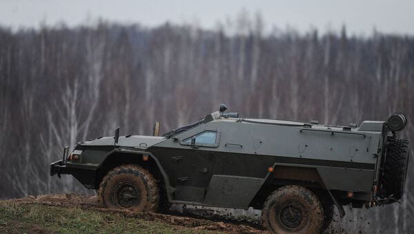 Xe bọc thép dành lực lượng cảnh sát đặc biệt Vystrel (KAMAZ-43269). - Sputnik Việt Nam