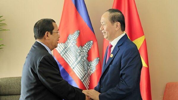 Chủ tịch nước Trần Đại Quang tiếp Thủ tướng Campuchia Samdech Techo Hun Sen - Sputnik Việt Nam