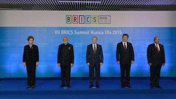 Các nhà lãnh đạo BRICS chụp ảnh chung - Sputnik Việt Nam