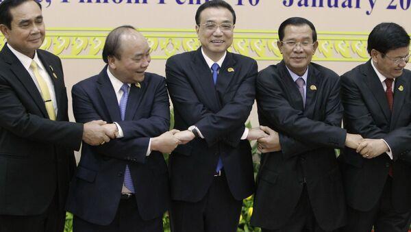 Встреча руководителей стран в рамках механизма сотрудничества в бассейне Ланьцанцзян-Меконг в Камбодже - Sputnik Việt Nam