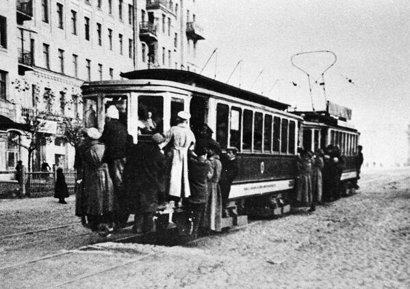 Xe điện Moskva. Năm 1925 - Sputnik Việt Nam