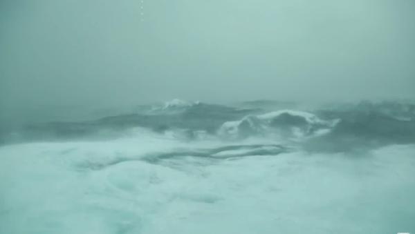 Hành khách quay video về cơn bão khủng khiếp - Sputnik Việt Nam