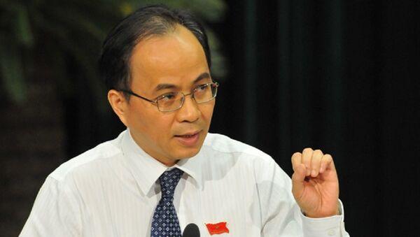 Ông Lê Mạnh Hà sinh ra trong một gia đình giàu truyền thống cách mạng. Ông là con trai của Đại tướng, nguyên Chủ tịch nước Lê Đức Anh - Sputnik Việt Nam