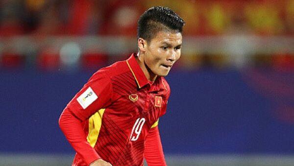Quang Hải tỏa sáng đúng lúc để mang về 3 điểm lịch sử cho U23 Việt Nam. Đây là 3 điểm đầu tiên của U23 Việt Nam ở đấu trường châu Á sau 4 trận toàn thua. - Sputnik Việt Nam