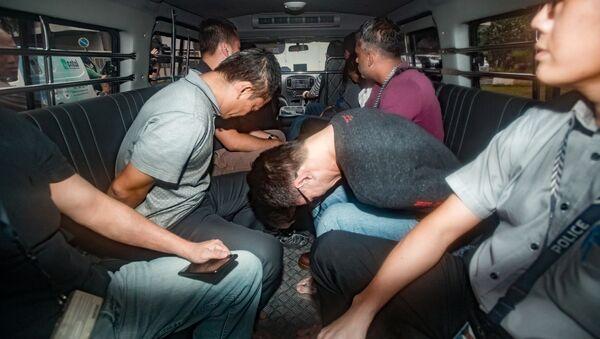 Một nhóm bị cáo của đường dây trộm cắp dầu của Shell ra tòa ở Singapore ngày 13-1 - Sputnik Việt Nam