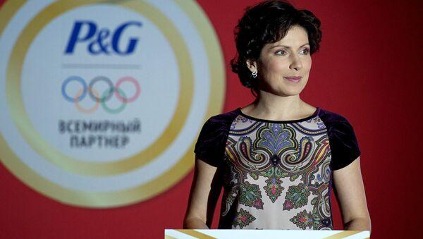 Nhà báo Nga Irada Zeynalova - Sputnik Việt Nam