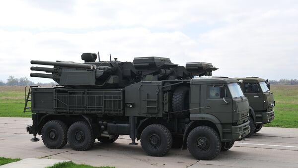 Tổ hợp tên lửa pháo cao xạ (ZRPK) triển khai mặt đất Pantsir-S - Sputnik Việt Nam