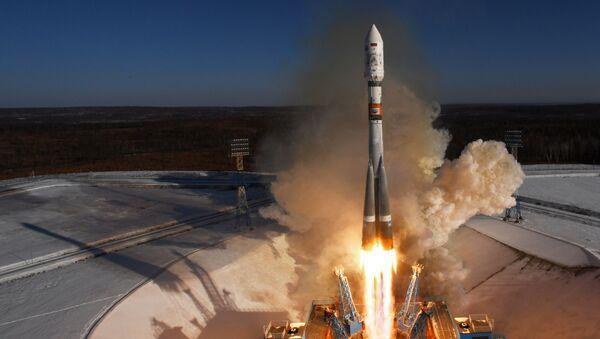 Phóng tên lửa mang Soyuz-2.1a từ trung tâm vũ trụ Vostochny - Sputnik Việt Nam