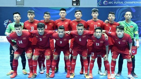 Đội tuyển Việt Nam càng chơi càng hay và giành quyền vào tứ kết giải vô địch châu Á 2018. - Sputnik Việt Nam