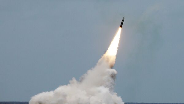 tên lửa Trident II D5 của Mỹ - Sputnik Việt Nam