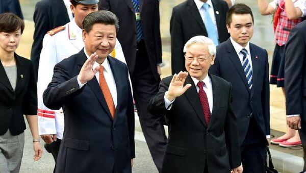 Tổng bí thư Nguyễn Phú Trọng đón chính thức Tổng bí thư, Chủ tịch nước Trung Quốc Tập Cận Bình - Sputnik Việt Nam