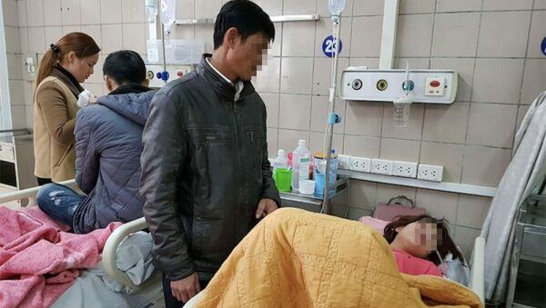 Một trường hợp ngộ độc rượu điều trị tại Trung tâm Chống độc, BV Bạch Mai. - Sputnik Việt Nam