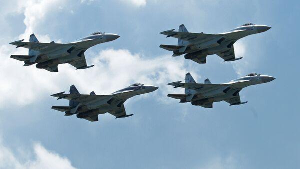 Máy bay chiến đấu Su-35 của Nga. - Sputnik Việt Nam