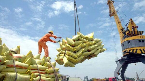 Việt Nam đặt mục tiêu tăng trưởng kinh tế 2018 là 6,5-6,7% - Sputnik Việt Nam