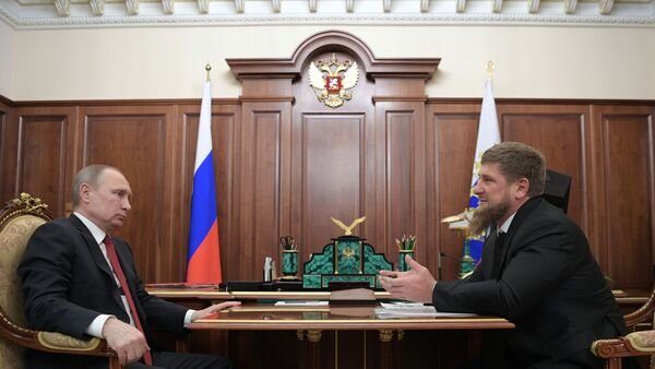 Vladimir Putin và Ramzan Kadyrov - Sputnik Việt Nam