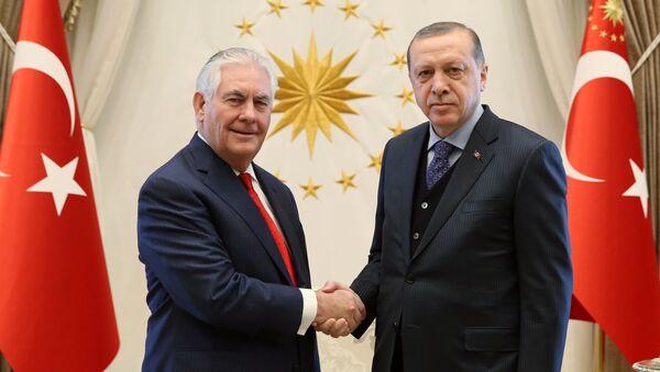 Rex Tillerson và Recep Tayyip Erdogan - Sputnik Việt Nam