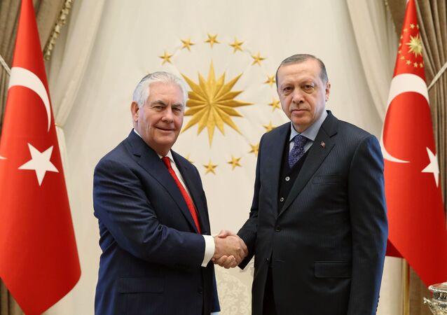 Rex Tillerson và Recep Tayyip Erdogan