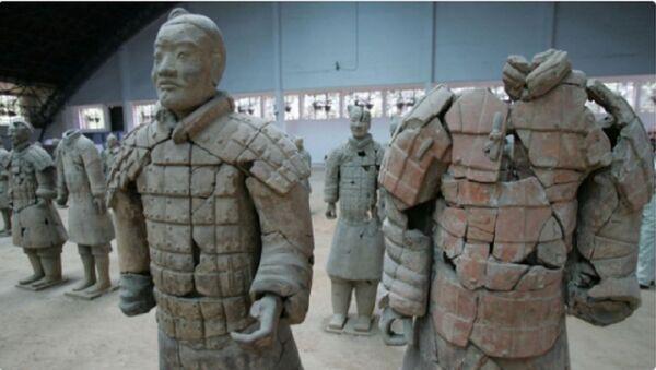 Du khách thăm bảo tàng bẻ gãy ngón tay pho tượng trị giá 4,5 triệu đô la - Sputnik Việt Nam