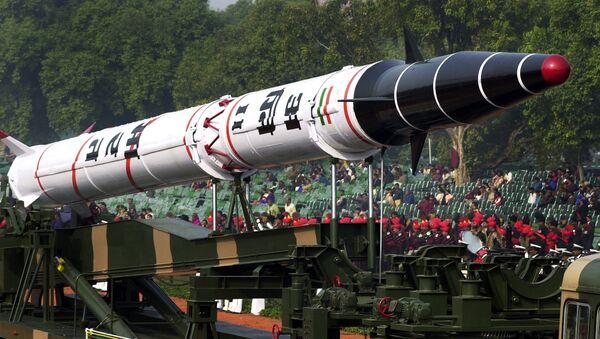 Tên lửa đạn đạo Agni-2 - Sputnik Việt Nam