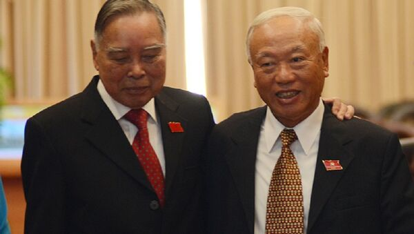 Nguyên Thủ tướng Phan Văn Khải và nguyên Chủ tịch QH Nguyễn Văn An - Sputnik Việt Nam