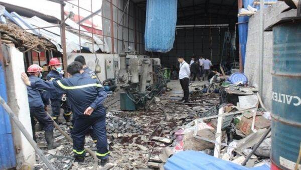 Hiện trường vụ nổ khiến 2 người nhập viện. - Sputnik Việt Nam