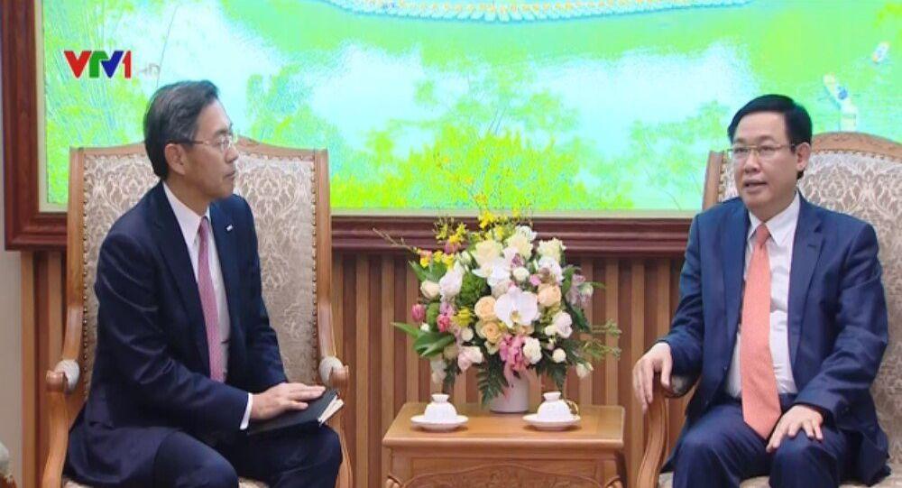 Chủ tịch khu vực châu Á ngân hàng Sumitomo Mitsui Nhật Bản và Tổng Giám đốc của Công ty bảo hiểm Prudetial