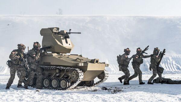 Kalashnikov thử nghiệm robot chiến đấu mới - Sputnik Việt Nam