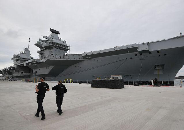 Hàng không mẫu hạm Queen Elizabeth của Hải quân Vương quốc Anh