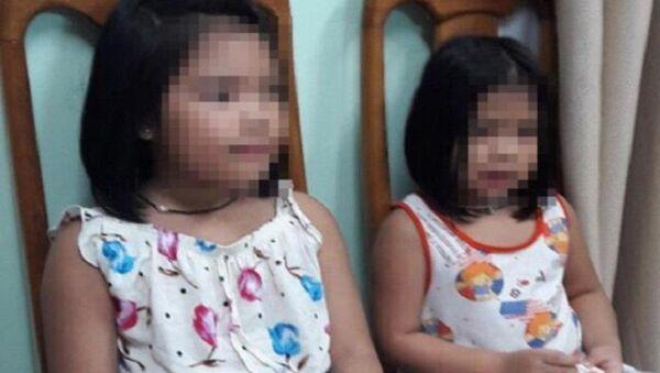 Hai bé gái bị bắt cóc được giải cứu tại cơ quan công an - Sputnik Việt Nam