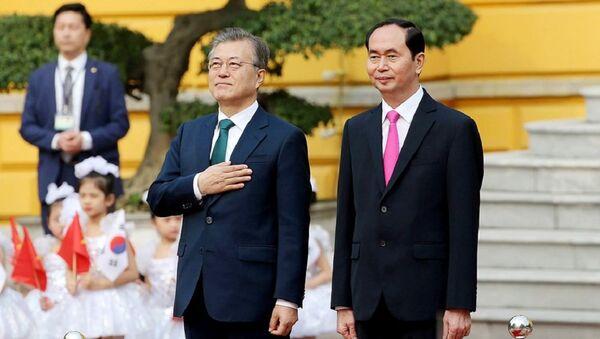 Tổng thống Hàn Quốc Moon Jae In và Chủ tịch nước Trần Đại Quang - Sputnik Việt Nam