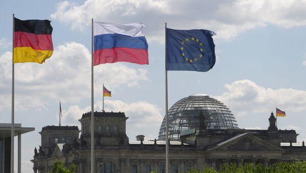 Флаги Германии, России и ЕС - Sputnik Việt Nam