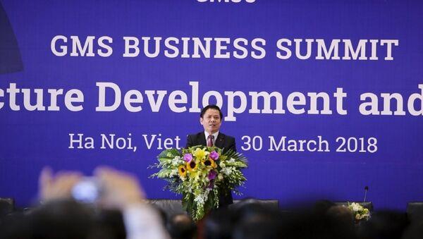 Ông Nguyễn Văn Thể, Bộ trưởng Bộ Giao thông vận tải phát biểu khai mạc phiên thảo luận về phát triển cơ sở hạ tầng và Tài chính cho cơ sở hạ tầng. - Sputnik Việt Nam