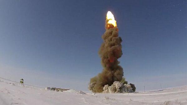 Запуск модернизированной ракеты ПРО на полигоне Сары-Шаган - Sputnik Việt Nam