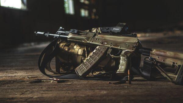 Súng trường tấn công mới AK-12 - Sputnik Việt Nam