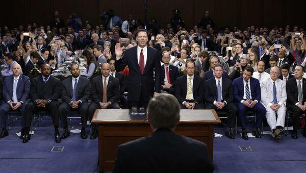 Cựu giám đốc FBI James Comey tại Quốc hội Hoa Kỳ - Sputnik Việt Nam