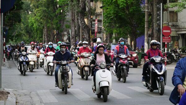 Giao thông trên đường phố Hà Nội - Sputnik Việt Nam