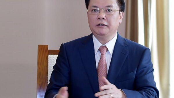 Bộ trưởng Bộ Tài chính Đinh Tiến Dũng - Sputnik Việt Nam