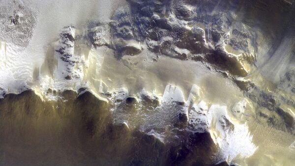 Tàu thăm dò quỹ đạo không gian ExoMars nhận được những bức ảnh màu đầu tiên về sao Hỏa - Sputnik Việt Nam