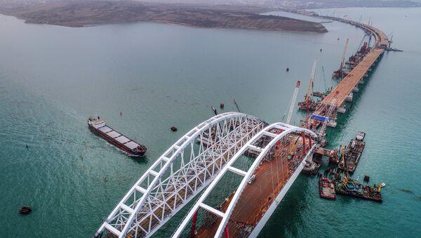 Xây dựng cầu Crưm - Sputnik Việt Nam