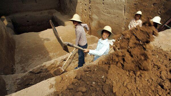 Các nhà khảo cổ Trung Quốc  - Sputnik Việt Nam