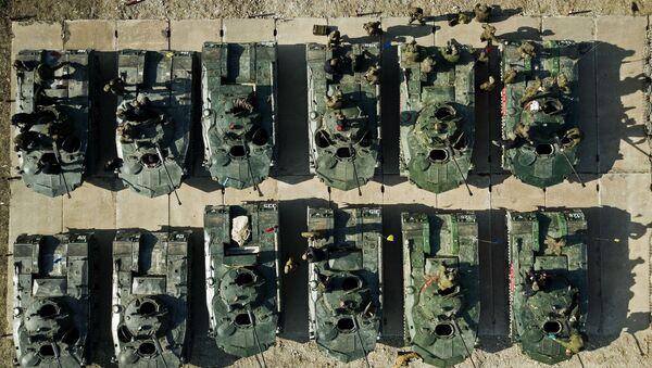 БМД 2 на армейском конкурсе Десантный взвод в Краснодарском крае - Sputnik Việt Nam
