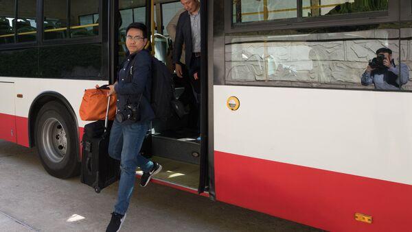 Các nhà báo Hàn Quốc đã tới Bắc Triều Tiên - Sputnik Việt Nam