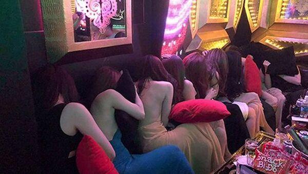 Đội ngũ nữ tiếp viên tại khách sạn Du lịch Sài Gòn Star - Sputnik Việt Nam