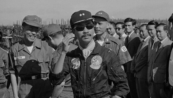 """Ông thầy tướng số """"bí ẩn"""" sau lưng Nguyễn Văn Thiệu và Nguyễn Cao Kỳ - Sputnik Việt Nam"""