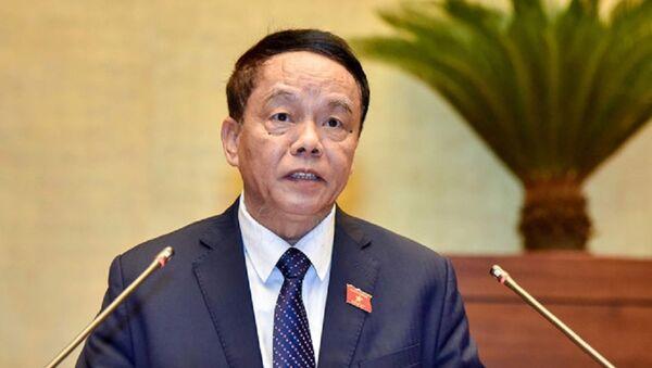 Chủ nhiệm Ủy ban Quốc phòng và An ninh của Quốc hội Võ Trọng Việt trình bày báo cáo tiếp thu, giải trình dự thảo Luật Quốc phòng (sửa đổi). - Sputnik Việt Nam