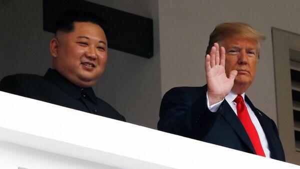 Kim Jong-un và Donald Trump - Sputnik Việt Nam