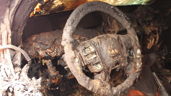 Sáu chiếc xe của sứ mệnh OSCE bị đốt cháy ở Donetsk - Sputnik Việt Nam